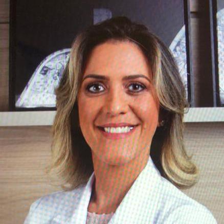 Dra. Anna Paula Batista de Ávila Pires
